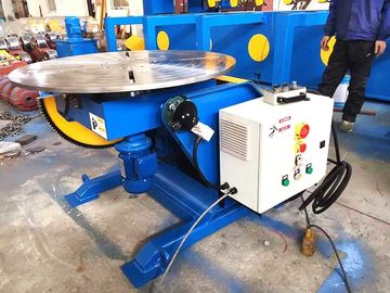 China Automatic Pipe Welding Positioners With Hand Control Box 1300 lbs Capacity Welding Turn Tables factory