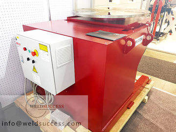 China 360° Rotary Welding Positioner / Welding Turn Table Rotary And Tilting Red Color factory